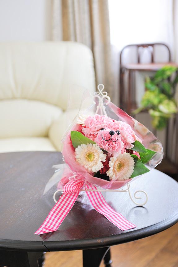 <p>花から生まれた「ハナクマ」は、とってもキュートなクマちゃんのフラワーアレンジメント!</p>