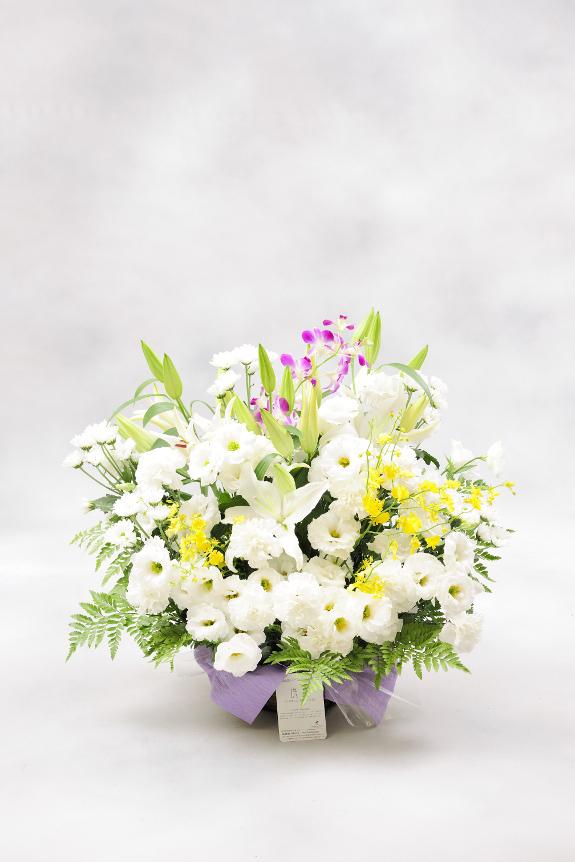 <p>ご自宅宛にお贈りするお供え花として最適です。</p>