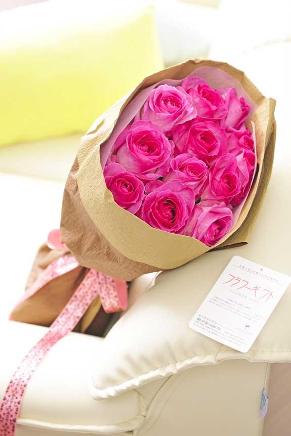 <p>ピンクバラの花束・ブーケはフラワーギフト・贈り物に人気の商品です。</p>