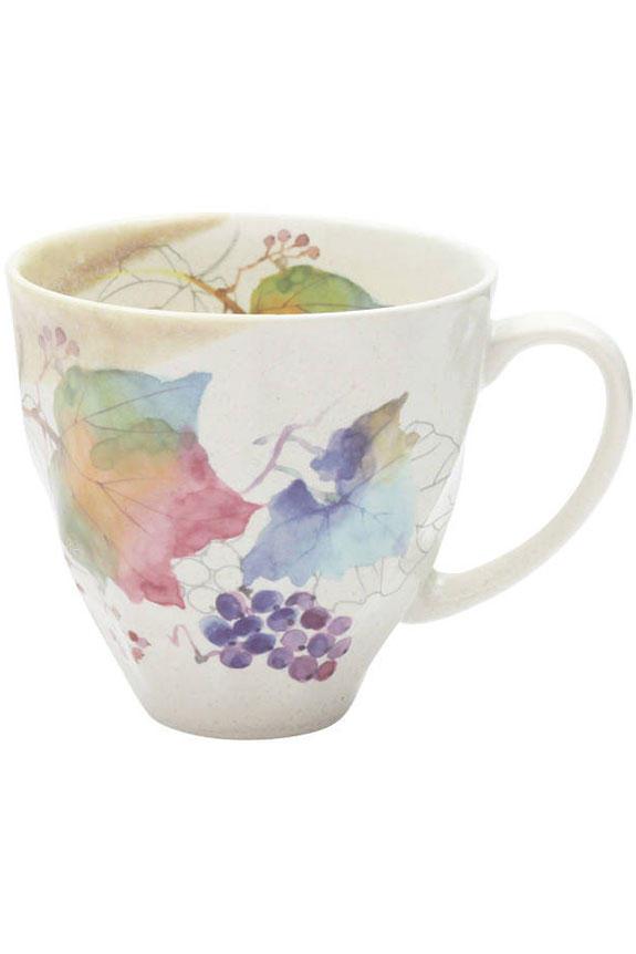 <p>花言葉は「慈善」「信頼」、9月を表すブドウ柄のコーヒーカップです。<br /> 日本製の美濃焼なので高品質で安心な一品です。<br /> </p>