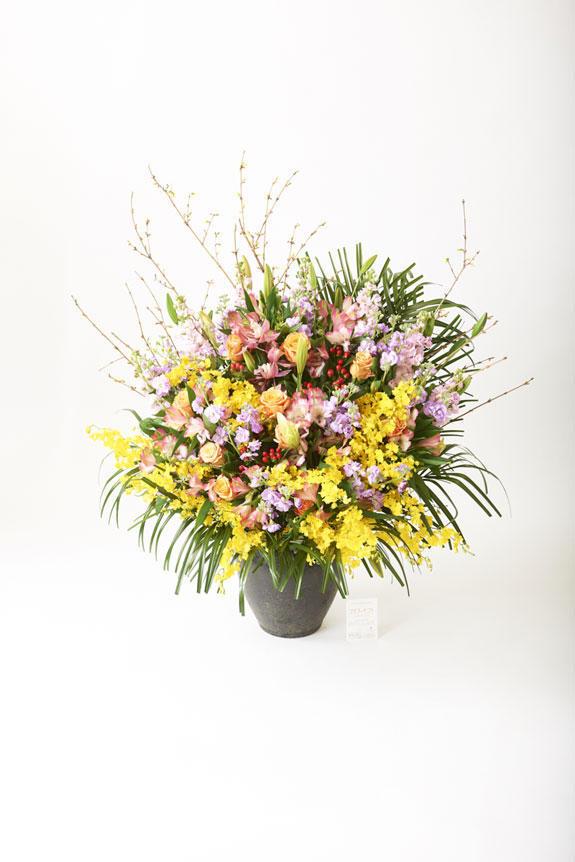 <p>花のボリュームもさることながら、高級感を持ち合わせたシルエットが人気の壺花(つぼばな)</p>